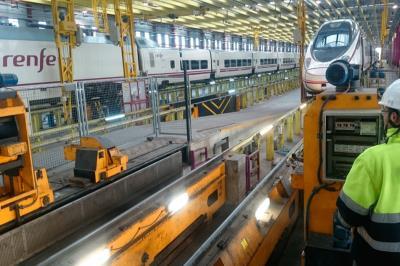 Lee toda la noticia 'Renfe comprará 211 trenes de gran capacidad para Cercanías'