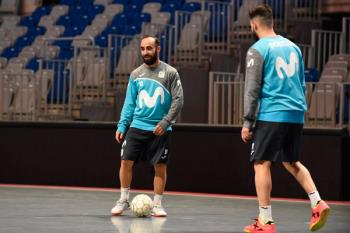 El portugués jugará, la próxima temporada, en el ACS París