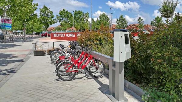 Rivas reanuda su servicio municipal de bicicletas