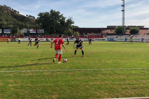 La RSD Alcalá no consigue sumar los tres puntos ante la AD Torrejón en un partido en el que ya se acariciaba la victoria