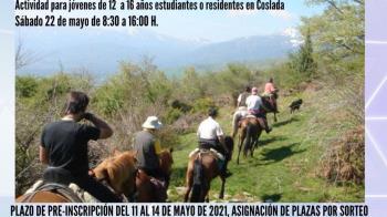 La actividad consiste en una jornada en la Sierra de Madrid en la que se combinarán actividades de naturaleza con la participación en una ruta a caballo