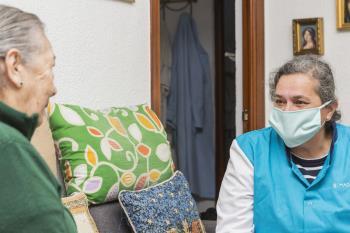 Un contrato hasta 2023 por 192 millones de euros para el servicio de ayuda a domicilio a mayores del Ayuntamiento de Madrid