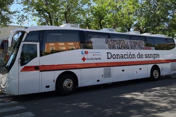 Salva una vida donando sangre en la unidad móvil de Humanes