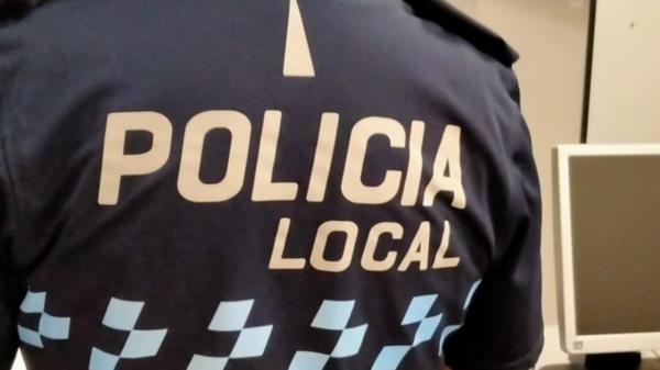 Para utilizar este servicio gratuito del Ayuntamiento únicamente se necesita rellenar una sencilla ficha en las dependencias policiales