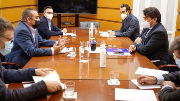 El encuentro se ha producido gracias a la petición del Alcalde de San Fernando de Henares