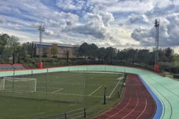 El Ayuntamiento ha mejorado las áreas de los polideportivos municipales Dehesa Boyal y Eduardo López Mateo