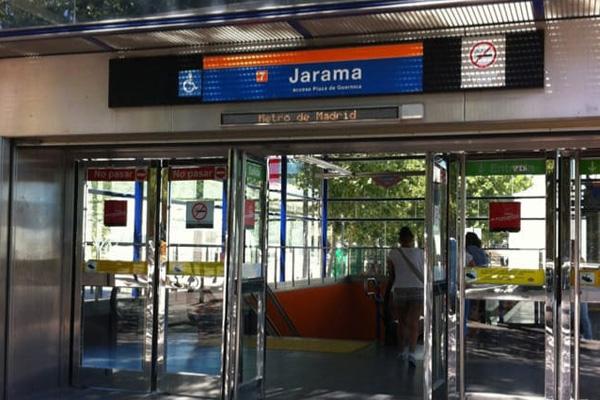 El consistorio se ha enterado por la prensa del último problema en la Línea 7-B de Metro
