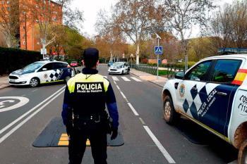 La Policía Local recomienda evitar los desplazamientos innecesarios y extremar la precaución