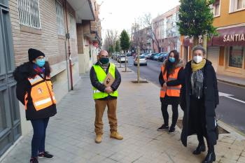 42 árboles se plantarán en la Calle del Foso