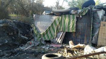 """Los vecinos de """"Las Sabinas"""" coinciden en que tanto el Ayuntamiento como el Gobierno regional les tienen abandonados"""
