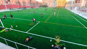 La mejora de las instalaciones ha sido en el campo de fútbol de césped artificial