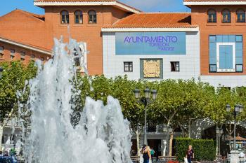 El Ayuntamiento de Torrejón ha enviado un comunicado en el que se apoya a los familiares y amigos de la víctima