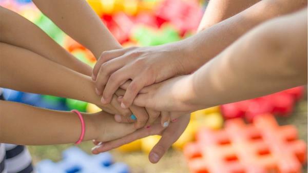 La iniciativa tiene la finalidad de ayudar a las familias a conciliar la vida laboral y familiar los días sin escuela