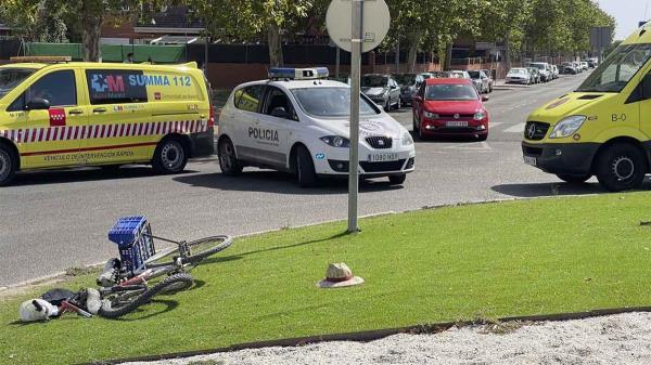 El suceso se produjo entre un turismo y un ciclista