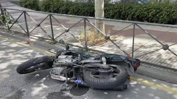 Un accidente de moto deja a un herido en Alcorcón