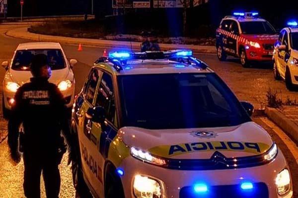 Un joven de 21 años detenido 'in fraganti' por atacar a un grupo de menores en Alcorcón