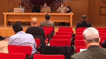 El Ayuntamiento ha mantenido un encuentro con 20 empresas para presentarles la propuesta