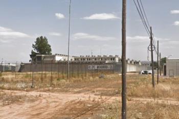 El fuego no dejo ningún herido y fue apagado con rapidez por tres funcionarios del centro penitenciario de Alcalá Meco