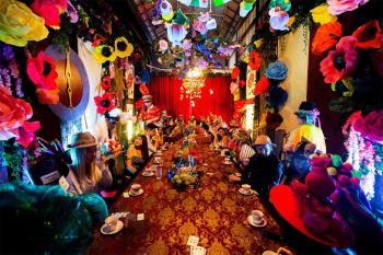 El 4 de septiembre, ¡prepárate para volverte loco en una de las fiestas de té más extravagantes!