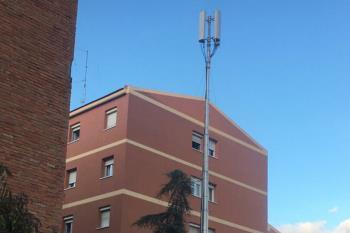 Tras las quejas de los vecinos, la antena ubicada en la calle Velarde de Getafe será trasladada al Centro Cívico de Las Margaritas