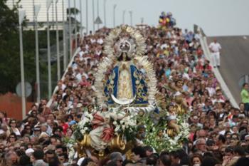 En está edición de 2020, el jueves 20 de mayo la bajada de la Virgen será virtual , debido a la imposibilidad de una celebración habitual