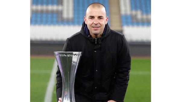 Ha obtenido el título de la Supercopa, pero no ha logrado meter al equipo en los puestos de Champions