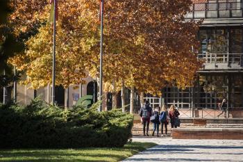 La zona del campus está entre las afectadas por las restricciones